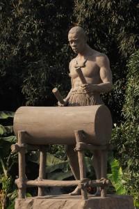 RADER statue rond point sablière